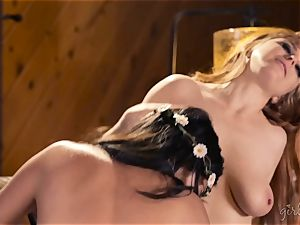 Shyla Jennings and Penny Pax lezzy 3some