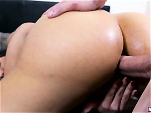 super-fucking-hot cougar Mercedes Carrera gets a anal invasion foray