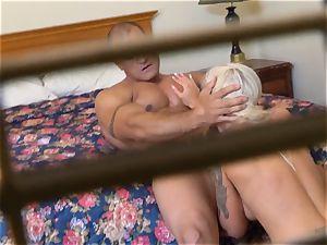 nasty Nina Elle penetrates her man at the hotel