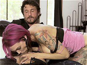 tattooed Sn 4 Anna Bell Peaks spooned in her raw crevasse