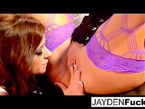 damsel on female with Taylor Vixen