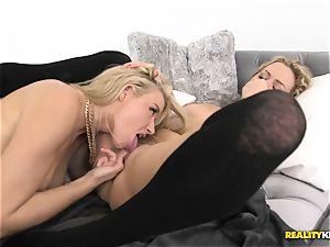 Minge gobbling lesbians Mia Malkova and Anikka Albrite