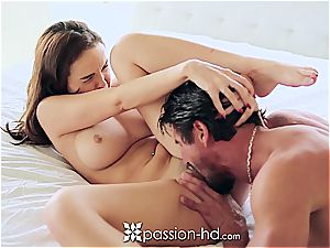 Passion-HD - Dillion Harper frigs her bald slit