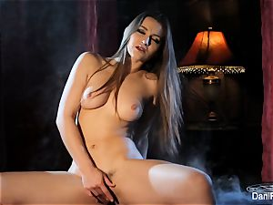 Smoking steamy solo gig with black-haired honey Dani Daniels