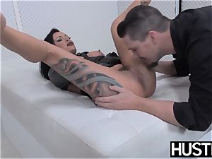 punk mummy Lola luscious cooch penetrated with cock and fucktoys