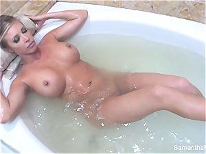 Samantha's sensual tub dame on nymph dream
