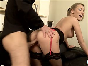 LA COCHONNE - super-hot assfuck with super-naughty French ash-blonde