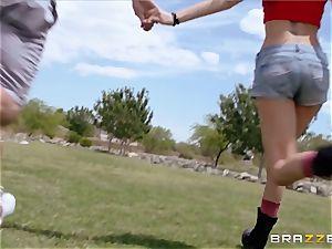Playful Riley Reid has screwable fun at the park